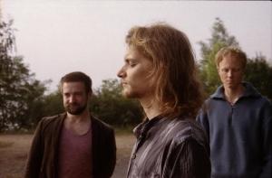 Portrait der drei Bandmitglieder